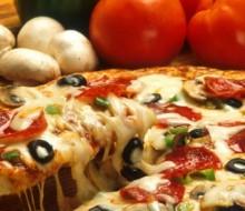 Internautas peruanos ya piden más pizza por internet que por teléfono