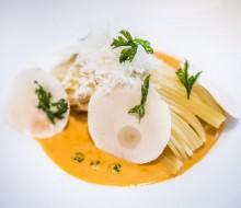 Spaghetti con reducción de langostinos y champiñón