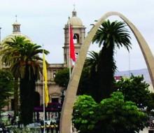 Chilenos enamorados de la gastronomía peruana